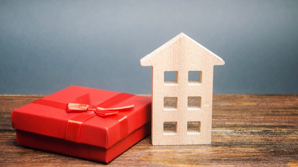 How Does a Gift of Equity Work?